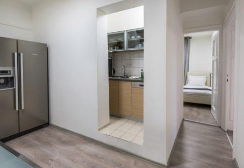 Apartmani Beograd | Apartmani na dan Beograd | Apartman A26 - Pogled na kuhinju i spavaću sobu