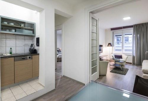 Apartmani Beograd | Apartmani na dan Beograd | Apartman A26 - Pogled na kuhinju i dnevni boravak