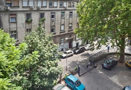 Apartmani Beograd | Apartman A9 | Strogi centar Kalemegdan - Parking prostor