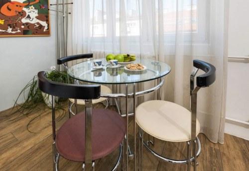 Apartmani Beograd | Jeftin smeštaj Beograd | Apartman A2 - Trpezarija