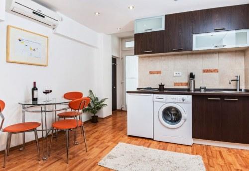 Apartmani Beograd | Najjeftiniji smeštaj | Apartman A0' - Kuhinja i trpezarija