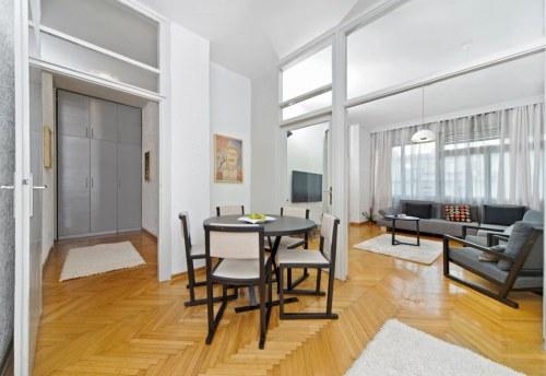 Apartmani Beograd | Apartman A41 | Strogi centar - Pogled na trpezariju i dnevni boravak