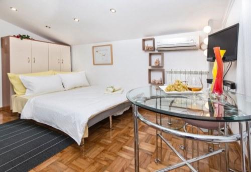 Apartmani Beograd | Jeftin stan na dan Beograd | Apartman A1 - Rasklopljen krevet u dnevnom boravku