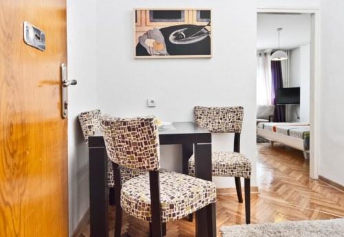 Apartmani Beograd | Povoljno | Apartman A13 - Trpezarija