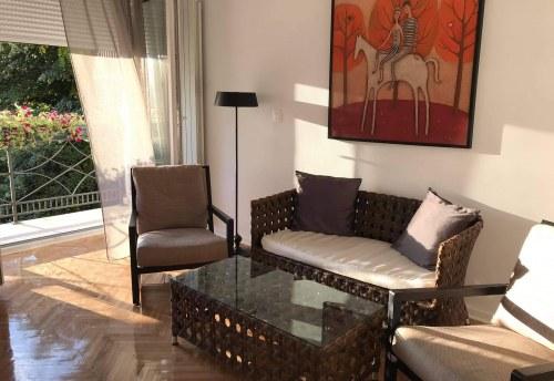 Apartmani Beograd | Smeštaj | Apartman A8 - Dnevni soba sa pogledom na dvorište