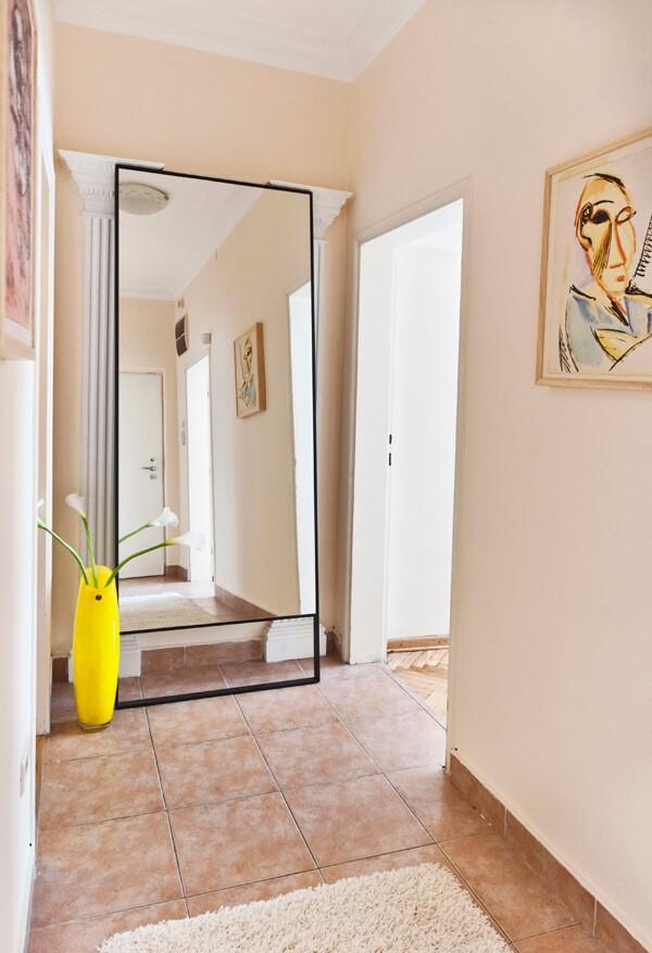 Apartmani Beograd | Apartmani na dan Beograd | Apartman A17 - Pogled iz hodnika
