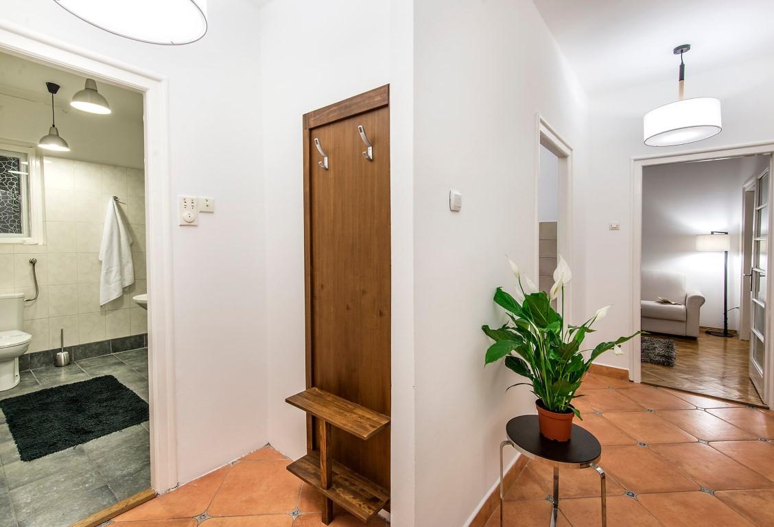 Apartmani Beograd | Stan na dan u Beogradu | Apartman A27 - Pogled iz hodnika