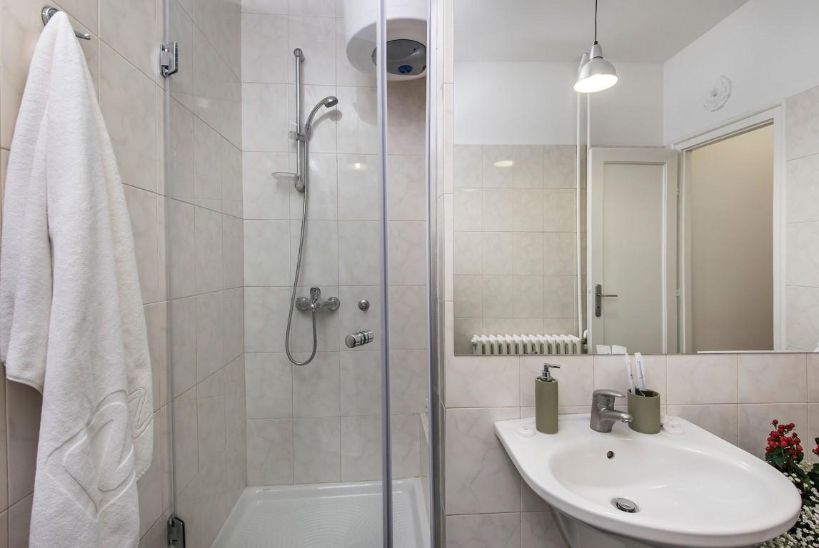 Apartmani Beograd | Stan na dan u Beogradu | Apartman A27 - Kupatilo