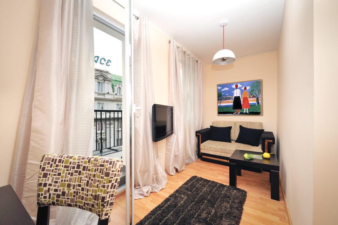 Apartmani Beograd | Apartman A43 | Strogi centar - Dnevni boravak i izlaz na terasu