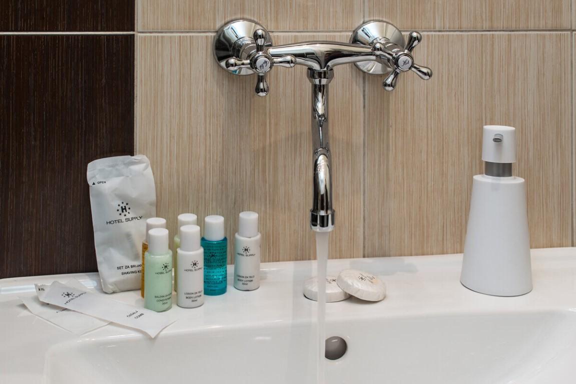 Apartmani Beograd | Smeštaj Beograd | Apartman A33 - Slavina u kupatilu