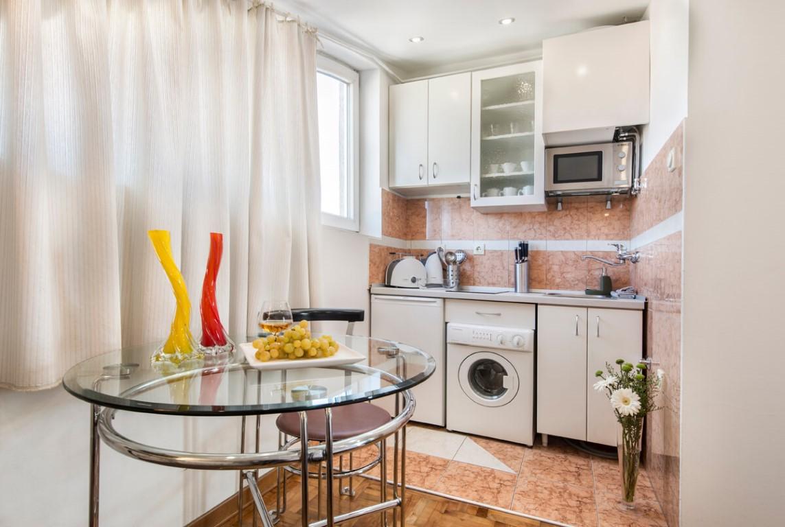 Apartmani Beograd | Jeftin stan na dan Beograd | Apartman A1 - Kuhinja i trpezarija