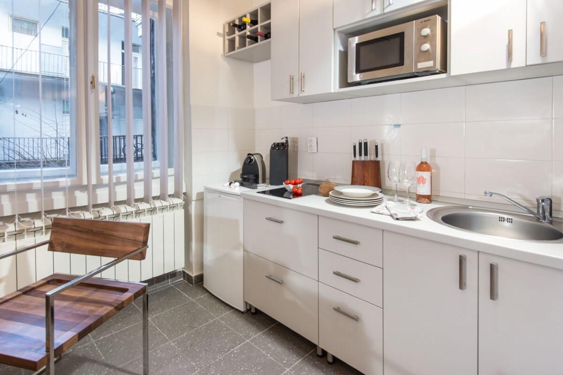 Apartmani Beograd | Pešačka zona | Apartman A12 - Kuhinja
