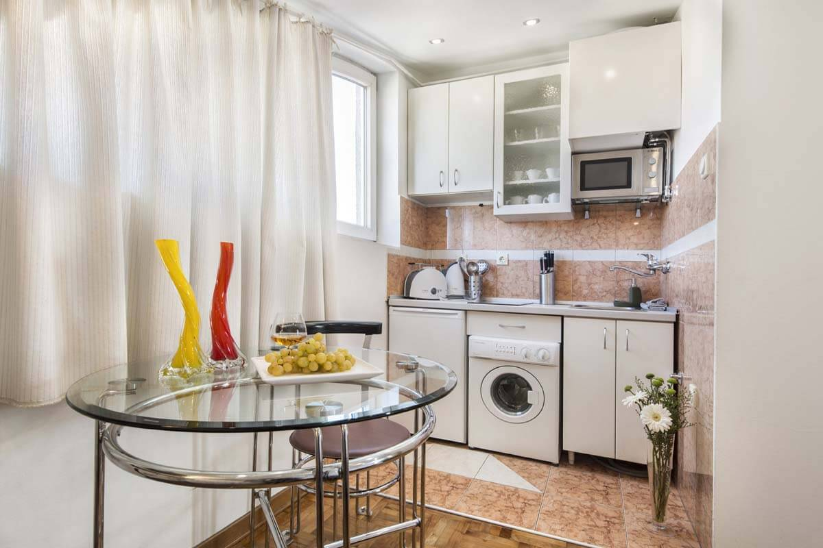 Apartman A1, Jeftin stan na dan Beograd